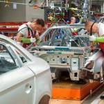"""""""Történelmileg így alakult"""" – megroppanthatja a magyar gazdaságot a német autóipar gyengélkedése?"""