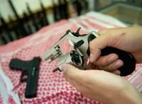 Az amerikai kormány szerint alapvető fontosságú, hogy a fegyverboltok nyitva maradhassanak