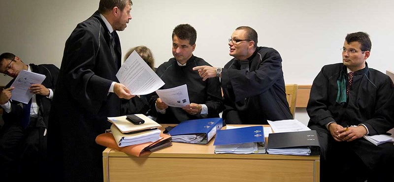 Bíróságra vitte a versenyhivatalt a kartellezési bírságot megúszó Szijjártó-cég