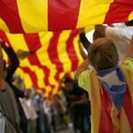 Madrid: Tisztázza Katalónia, hogy független-e