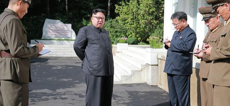 Észak-koreai fenyegetőzés az ENSZ-ben, amerikai válasz Twitteren és a levegőben