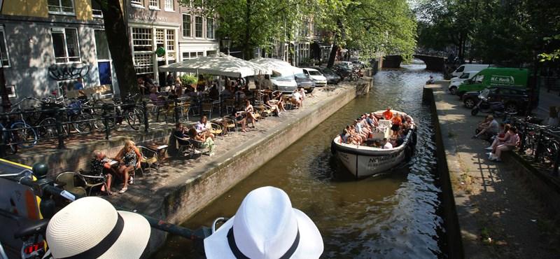 Hollandiában már rendezvényekre is lehet menni április végén