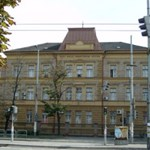 A krimikből ismert új kihallgató szobát kaptak a miskolci ügyészek