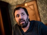 Schilling Árpád: Egyszerűen lefojtják azokat, akik nem kötődnek direkten pártokhoz