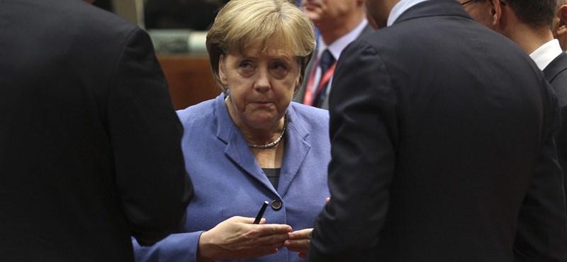 Merkel erre kapott korlátlan felhatalmazást