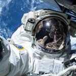 Boldogok lehetnek a Nemzetközi Űrállomás űrhajósai