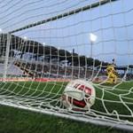 Sötétbe borult a stadion a Vasas-Haladás meccsen