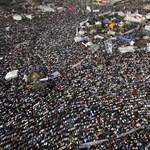 Tízezrek a Tahrír téren, a volt NAÜ-elnök is köztük van