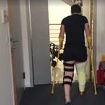 Dupla térdműtéte után két nappal lábra állt Miklós Edit - videó