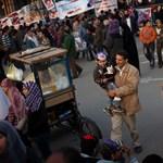 Visszatér a mindennapi élet a Tahrír térre – Nagyítás-fotógaléria