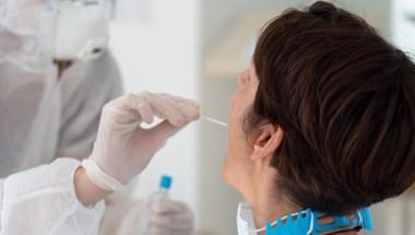 Koronavírus: 207 beteg hunyt el, 3427 új fertőzöttet találtak