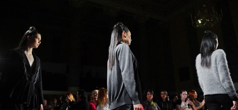Nagy változás jön a Chanelnél, tiltólistára teszik az egzotikus állatok bőrét