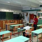 Egyre kevesebb az általános és középiskolás, a tanár és az óvodapedagógus is