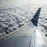 Nagyon közel került egymáshoz két landoló repülő