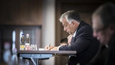 Orbán Viktor mégis ott lehet a Szuperkupán