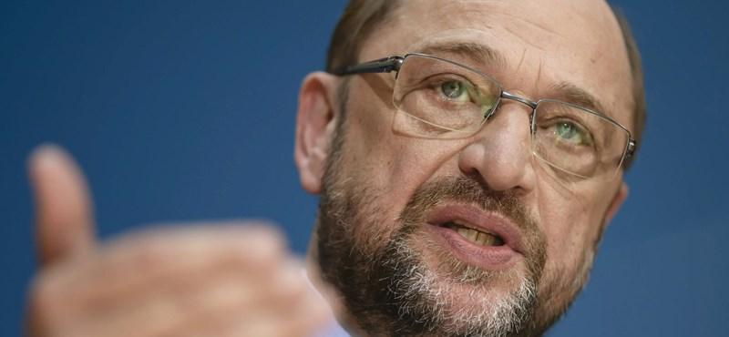 Merkel után Orbánba is beleszállt Martin Schulz