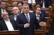 Nagyot bakiztak a fizetésekkel Orbánék, Áder a kezükre játszhatott