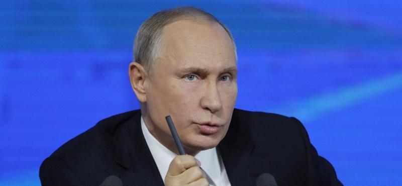 Tömeges házkutatásokkal vegzálják az ellenzékieket Oroszországban