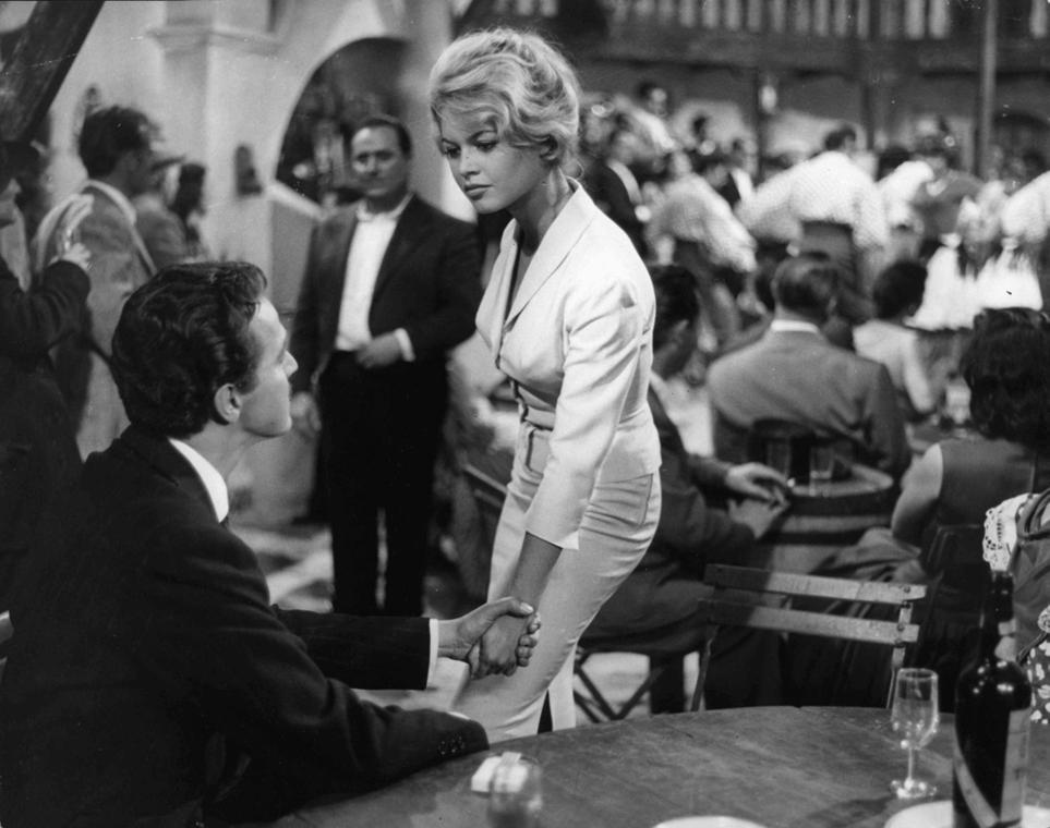 afp.1959. - Brigitte Bardot a ''La femme et le pantin / Az asszony és a báb'' - nagyítás