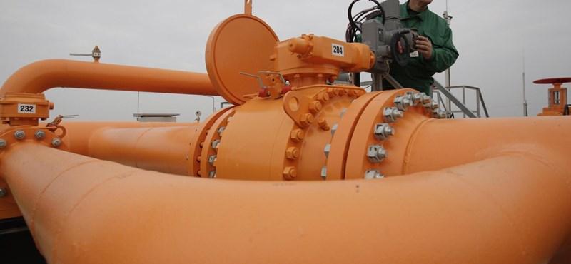 Az LMP beperli az MVM-et és a fejlesztési tárcát az orosz gázszerződés kiadásáért