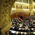 Ma alakul meg az új parlament