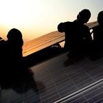 A világ leghatékonyabb napelemét dobhatja piacra egy brit cég 2021-ben