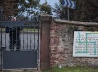 Meggyaláztak egy zsidó temetőt Franciaországban az antiszemitizmus elleni országos tiltakozás előtt