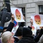 Budapest belvárosában tüntetnek a diákok március 15-én