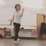Így táncol egy hónappal a szívműtétje után Mick Jagger (videó)