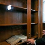 600 milliót költ a kormány egy különleges enciklopédiára, bár ingyenesen is olvasható