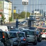Komolyan belenyúlna az autósok életébe a kormány