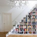 Házi könyvtár a lépcsőd alatt