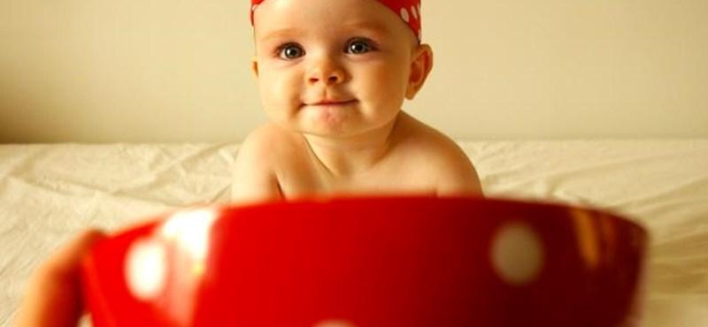 Fotók: Kisbabákat használnak az új, neten terjedő őrülethez