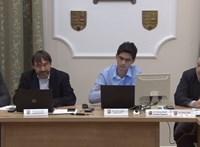 Újabb 30 napra felfüggesztették a gödi polgármestert