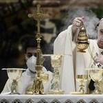 Kriminalizálta a Vatikán a papok és a laikusok szexuális visszaéléseit