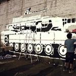 Forradalmi graffitik a főváros utcáin