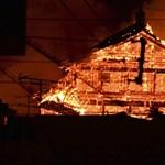 Porig égett az egyik legszebb japán kastély – videó