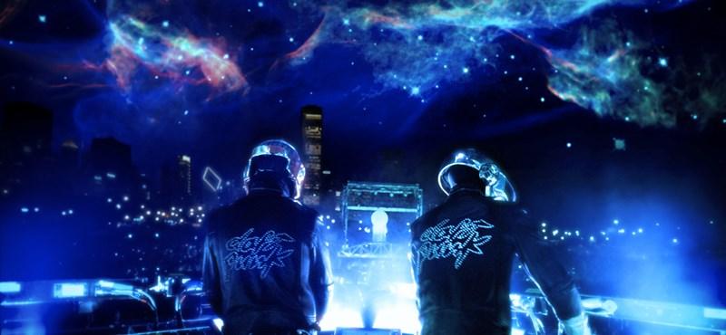 Élőben lépett fel a Daft Punk a Grammy kedvéért