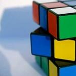 Elbukhatja uniós védjegyét a Rubik-kocka formája