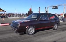 Jó autó a kettes Golf: 333.33 km/h-val megy, ha kell (videó)