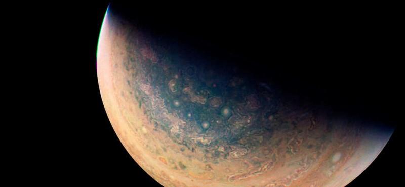 Jött egy fotó a Jupiterről, ami mindent visz – nézze csak meg teljes méretben