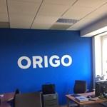 """""""Helló, min dolgozol? Kit kell ma lejáratni?"""" - így zajlott a momentumosok látogatása az Origónál"""