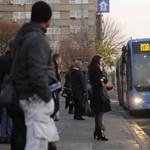 Indul a metrópótlás: reggeli helyzet az Árpád hídnál