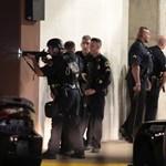 Még több támadásra készült a dallasi rendőrgyilkos