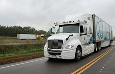 Szlovákia újra megnyitotta a határait a kamionforgalom előtt - növekszik a fertőzöttek száma