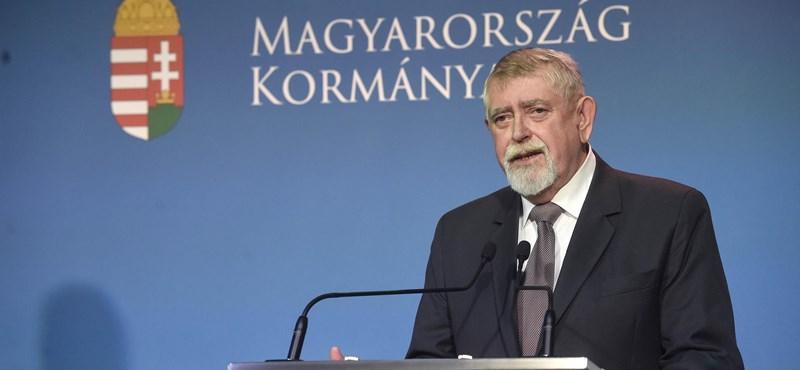 Kásler Miklós leváltotta a székesfehérvári kórház főigazgatóját