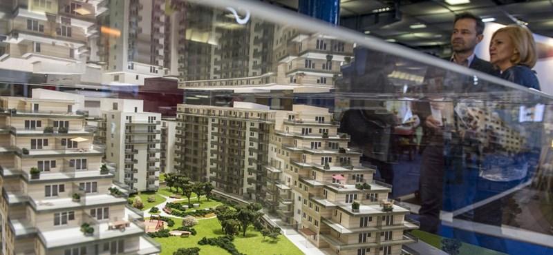 Az asszonyhitel miatt rohanták meg az ingatlanpiacot az aggódó lakáskeresők