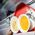 Majdnem 250 ezer diák étkezhet ingyen az iskolákban és óvodákban
