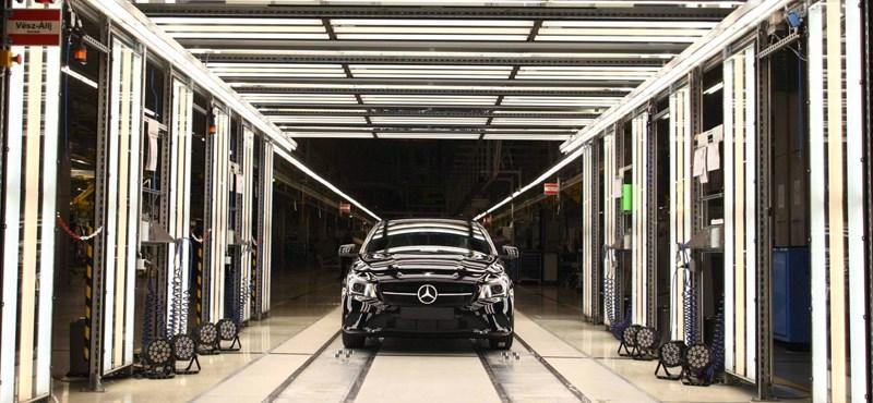 Az autógyárak és beszállítóik tartják a válság előtti szint fölött a magyar ipart