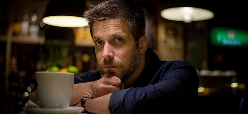 """""""A népzenéhez hozzáérni ér"""" – Szabó Balázs-interjú"""